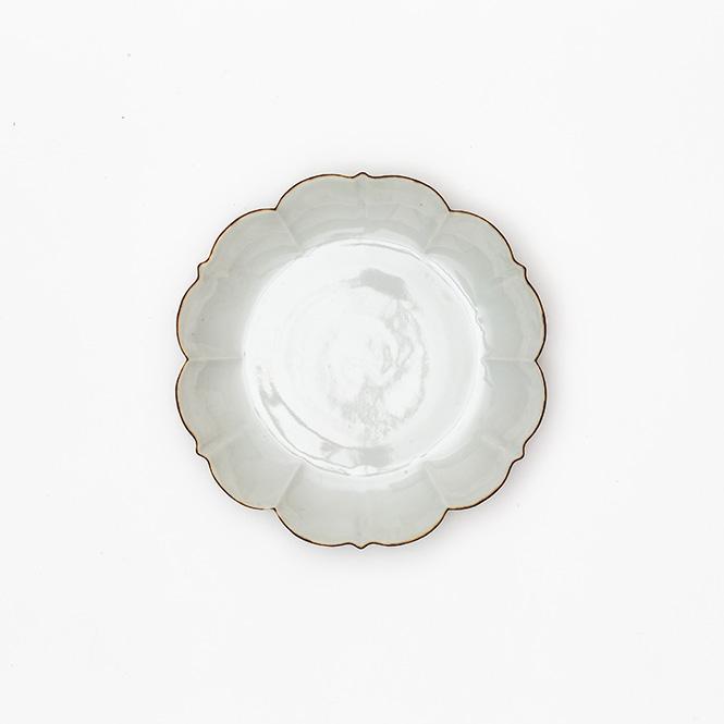 白磁口紅花形皿