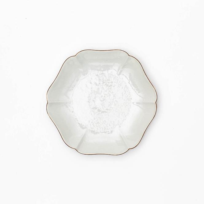 白磁口紅輪花皿 4.3 寸