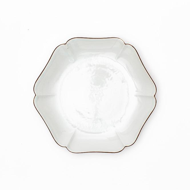 白磁口紅輪花皿 5.5寸
